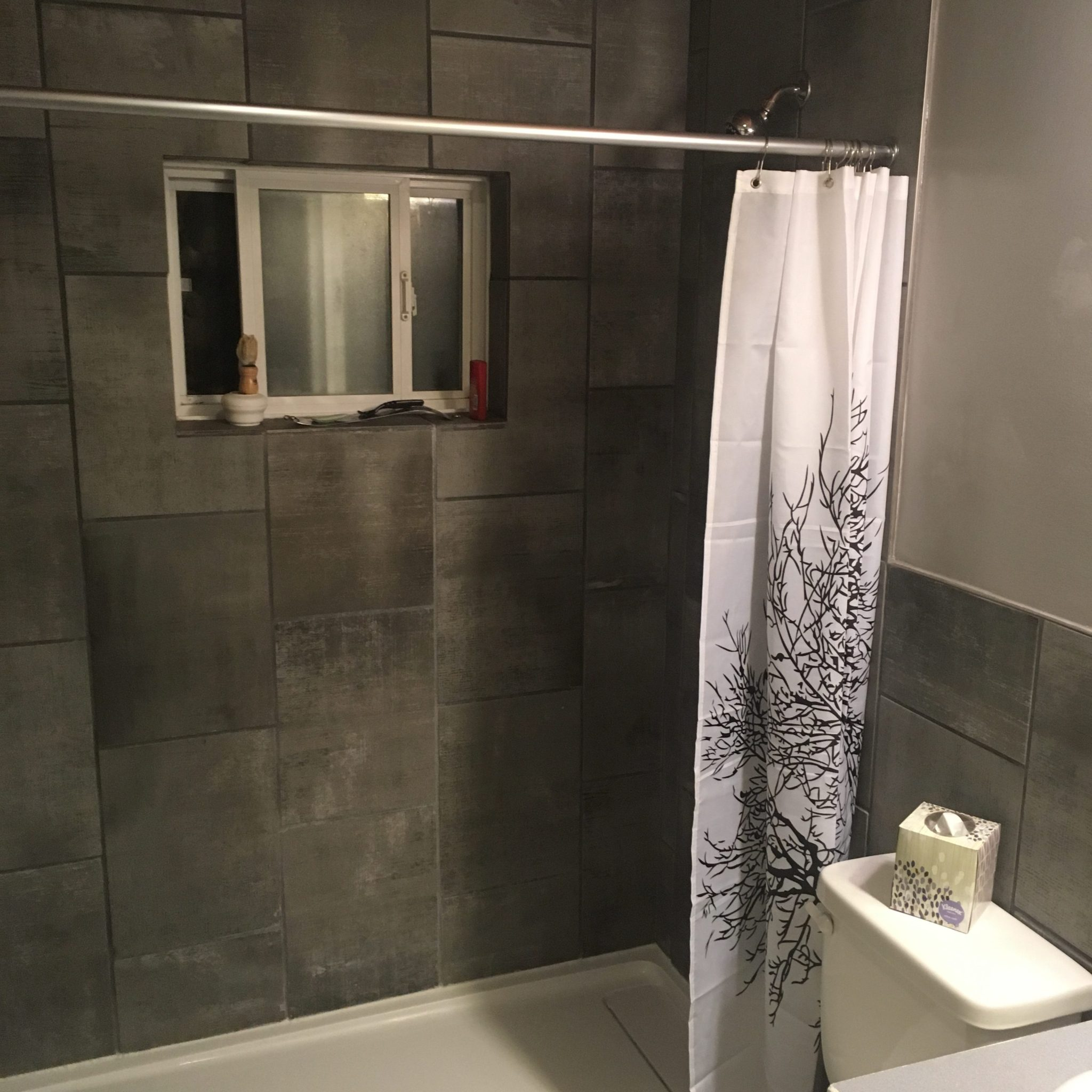 main bathroom at best ucluelet vacation rental